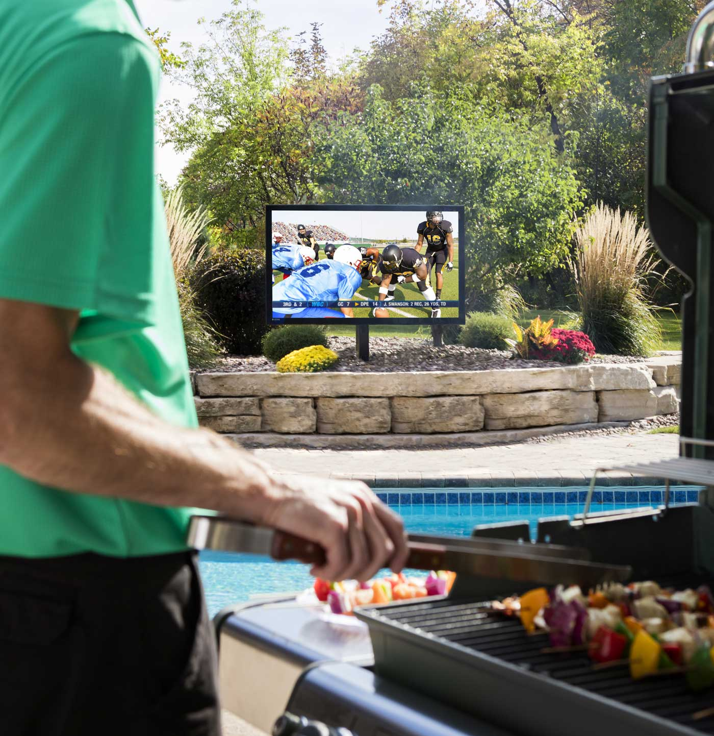 Outdoor Speakers & Outdoor TV Design And Installation